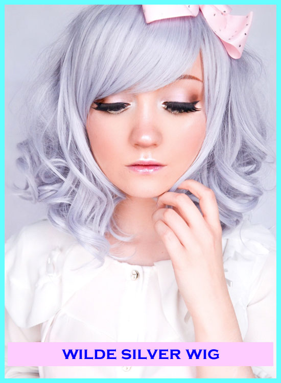 Star Style Wigs Review Metallic Silver Wig